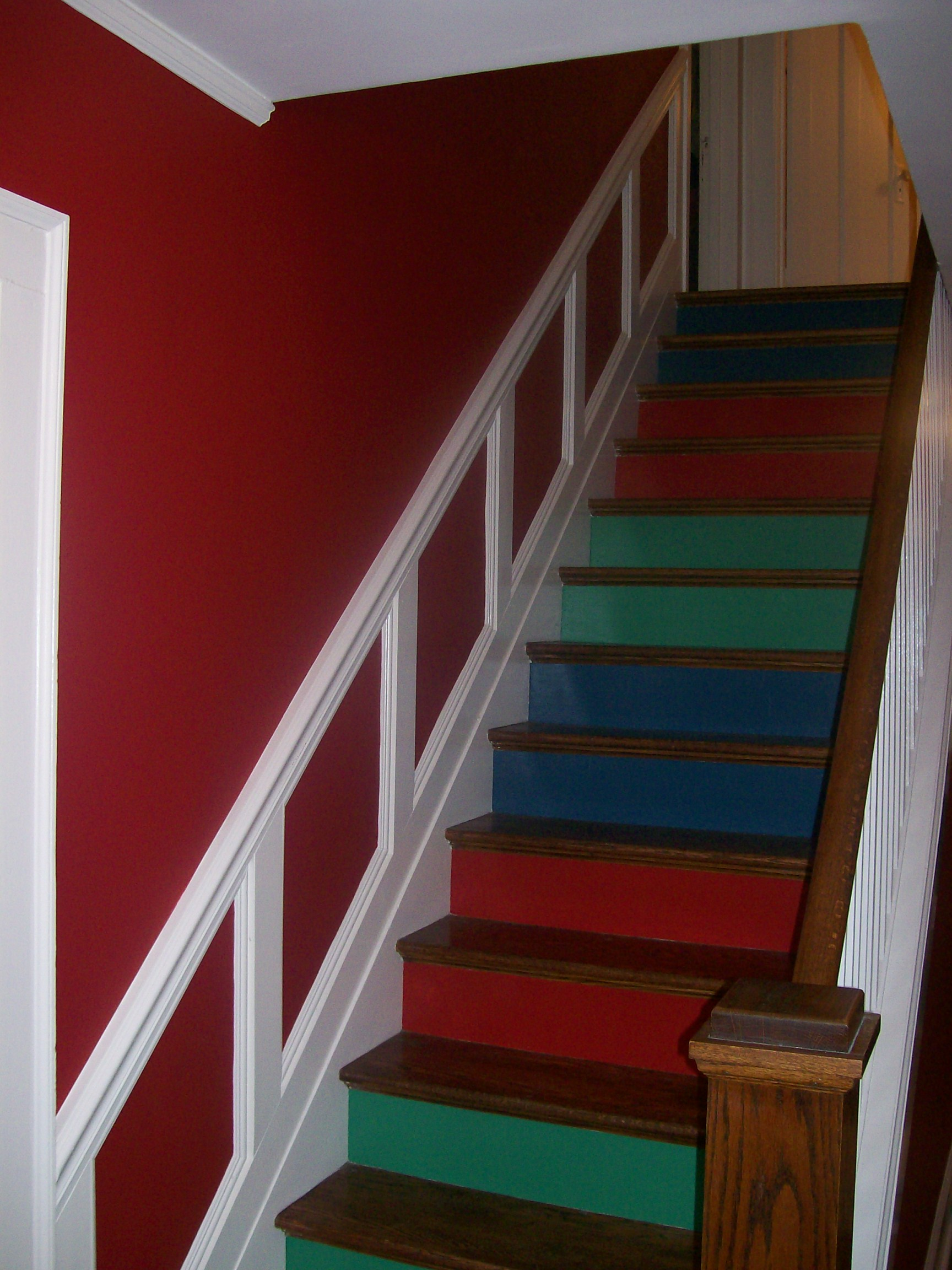 "House Paint Paint Color Consultation Creates Dramatic Look For ""Period"" House"